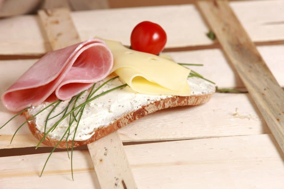 high-metabolism-diet-Cheese-meat-on-a-bread
